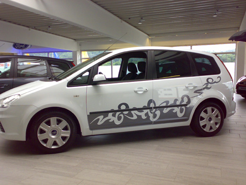 Ford_S_Max_2008.jpg