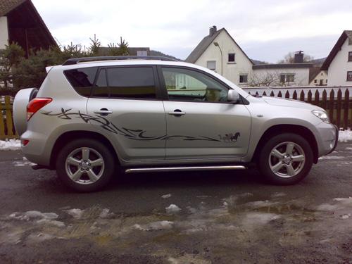 Toyota_RAV4_2009.jpg