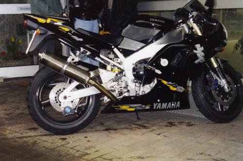 Yamaha004.jpg